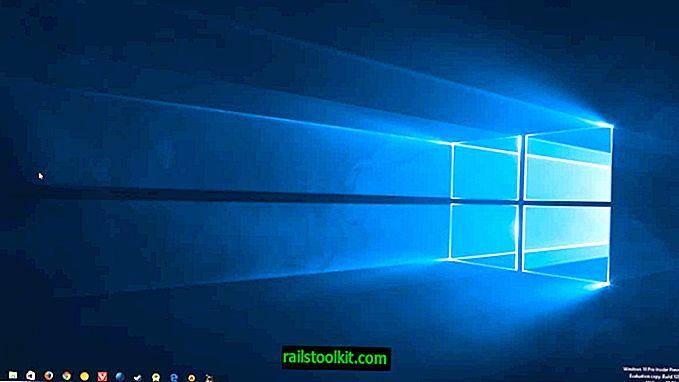 Windows 10 작업 표시 줄을 100 % 투명하게 만듭니다.
